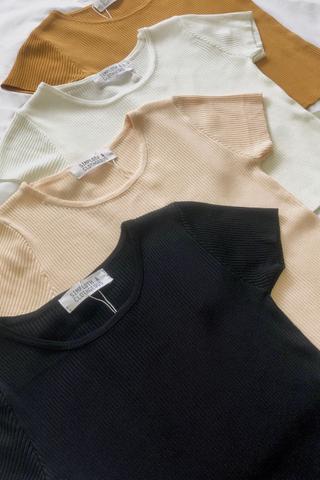 Short Sleeve Knit Crop Top