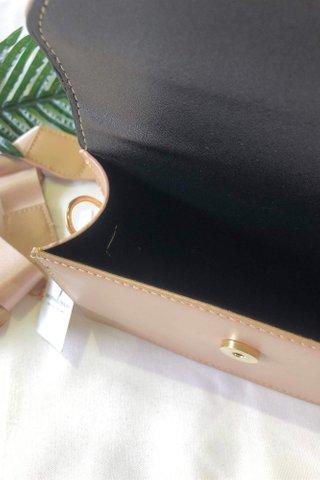 Envelop Beige Bag