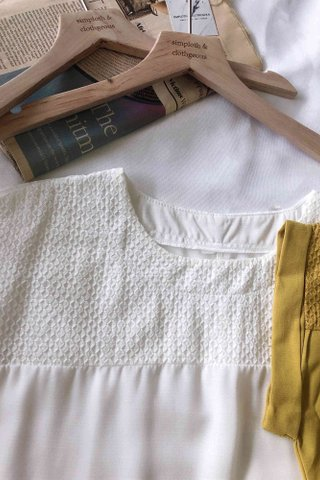 Pleated Pattern Top